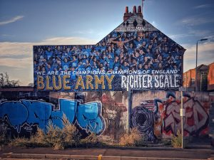 Leicester City mural in the side of a row of terraced houses